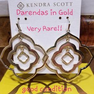 Kendra Scott Darenda Earrings in Gold